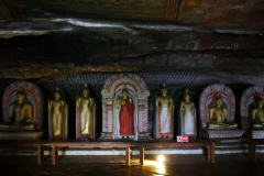 Dambulla_Royal_Cave_Temple_04