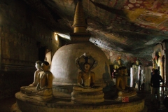 Dambulla_Royal_Cave_Temple_05